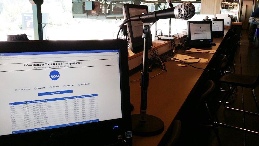 Commentator Information System
